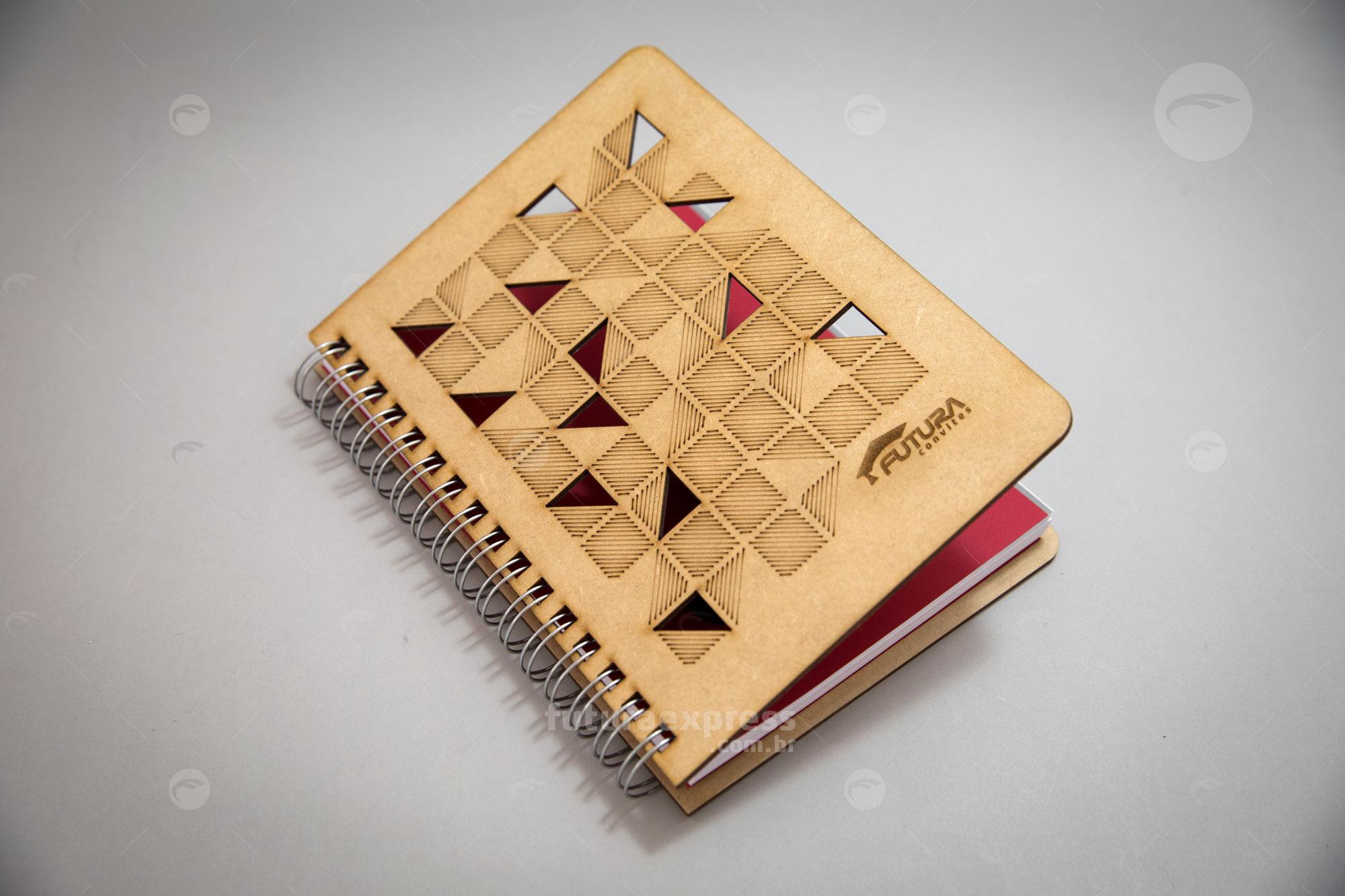 Caderno Capa Madeira A5 Cod: 314