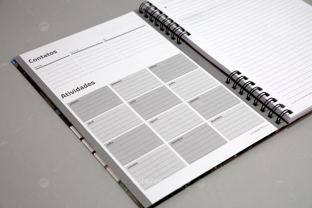 Caderno Capa Dura A4